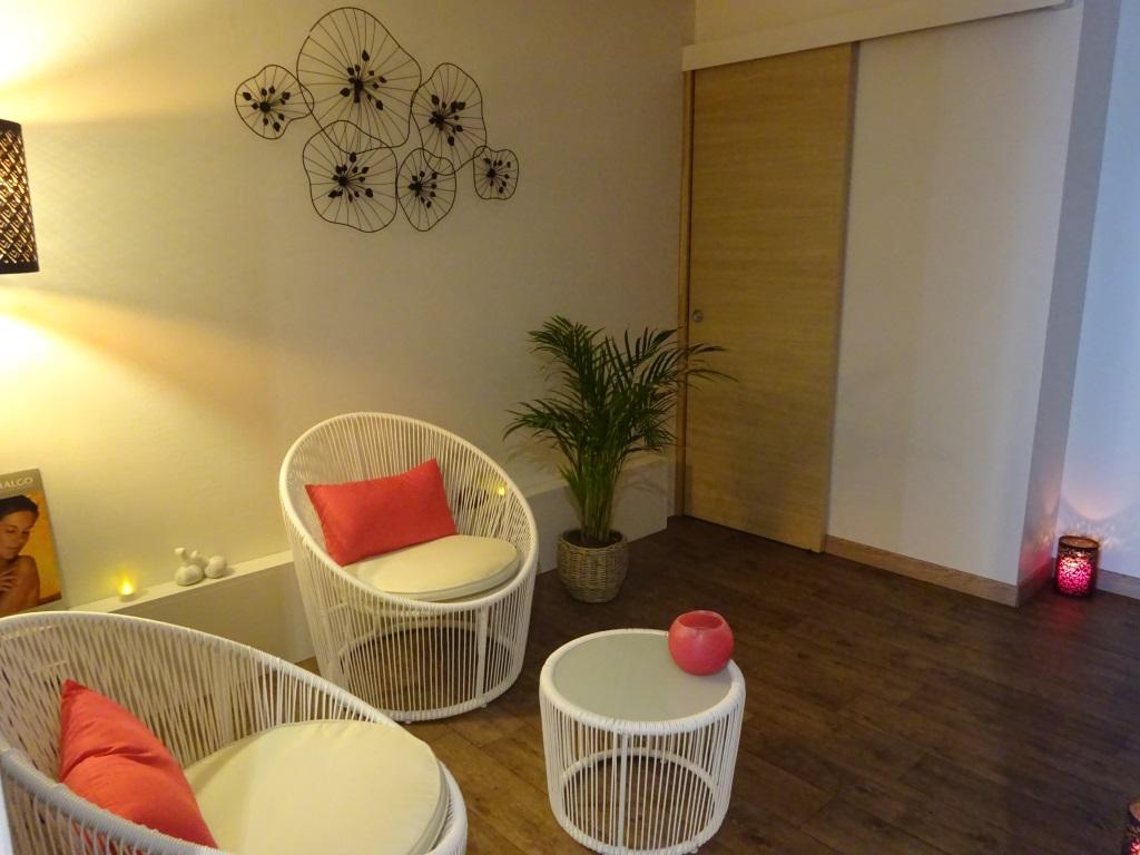 l 39 oasis d tente. Black Bedroom Furniture Sets. Home Design Ideas